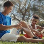 エアーサロンパスCMで錦織圭の男の子(子供)コーチは誰?ディマージェイ・スミスのトレーニング動画が話題!